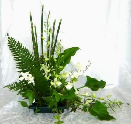 green leaf design-Ikebana