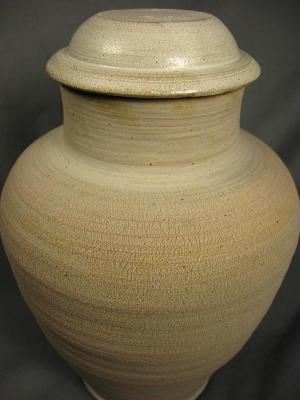 110425.B Ashes Urn