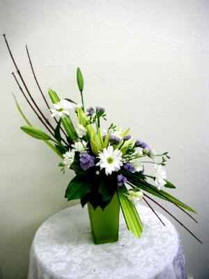 S Shaped Arrangement California Flower Art Academy