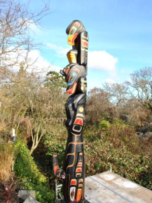10' Totem Pole