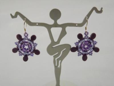 E-119 Purple & Lavender Flower Earrings