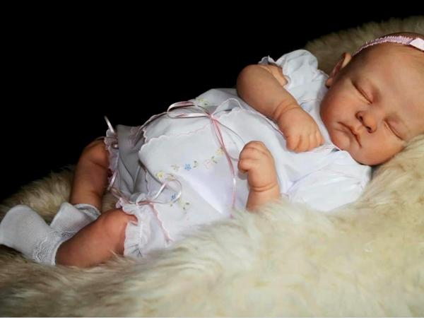 CATHY BRADY Realistic Baby Dolls