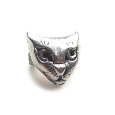 Cat face pin Cat pewter brooch