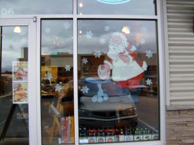 Santa cutting ham