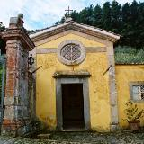 Tiny Chapel at gate, Villa Controni