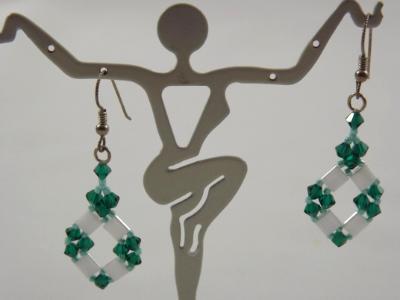 E-44 White & Emerald Green Earrings