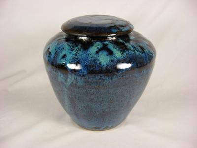 110425.A Cremation Ashes Urn