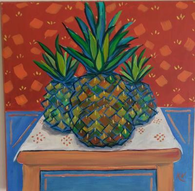 3 Pineapples