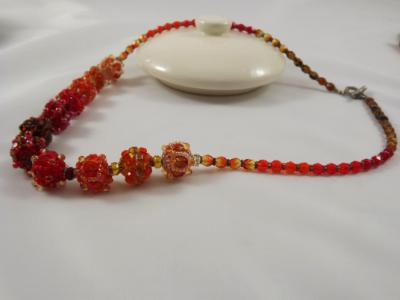 N-37 Shades of Red & Orange Beaded Bead Necklace