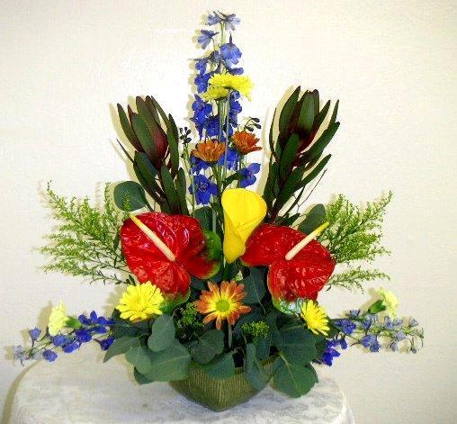 Triangle Arrangement California Flower Art Academy