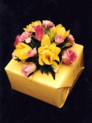 flower decorated gift box
