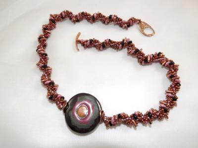 N-130 Reversible Kazuri Focal Bead Necklace