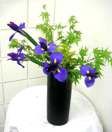 What Is Nageire Arrangement Of Ikebana Ikebana By The Bay