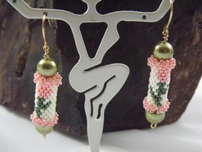 E-111 Peach Tulip Bead Tube Earrings