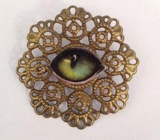 Antique gold Victorian Sweetheart brooch, Cat's eye