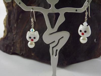 E-80 White Cat Earrings