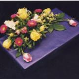 Gift Wrapping Floral Design