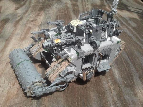 WH40K Looted Ork Battlewagon