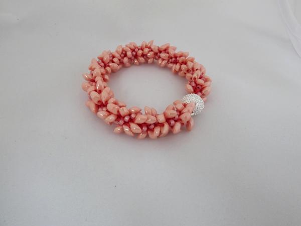 B-61 pearly peach spikey bracelet