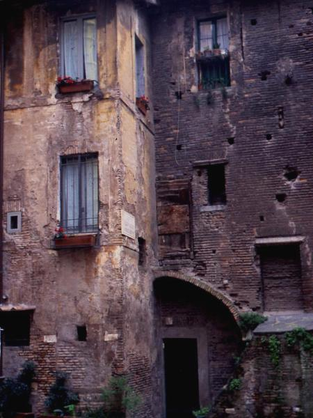 Midevil building, Rome