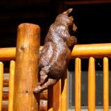 Railing bear back