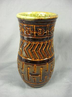 100823.A Vase