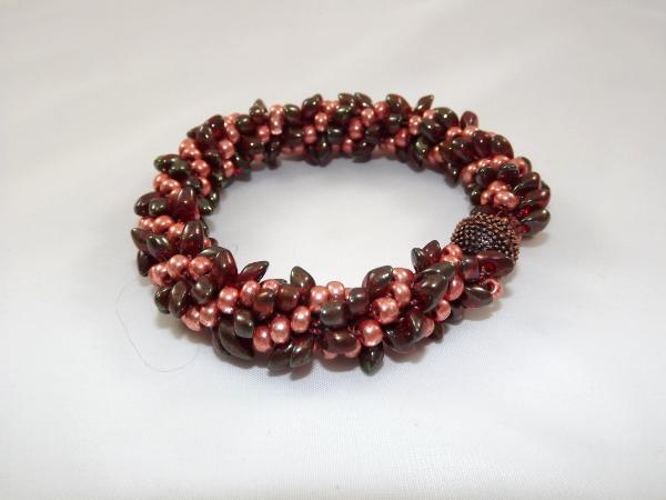 B-43 deep red & pearly coral spikey bracelet