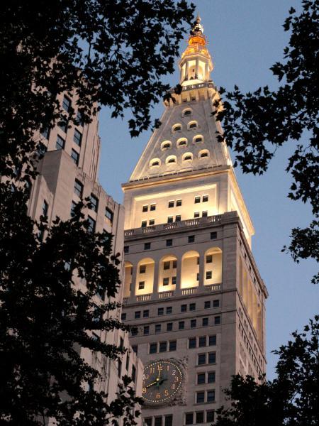The Met Life Building