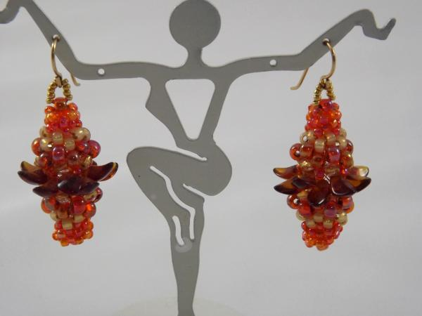 E-31 Shades of Orange Beaded Bead Earrings