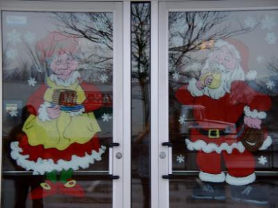 Coffee shop Santa & Mrs. Claus