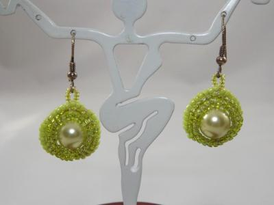 E-53 Pale Green Pearl & Bead Earrings