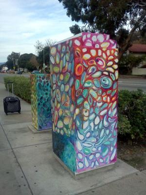 Ventura Ave and Main St Utility Box