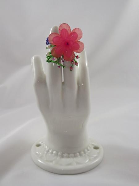 R-14 Periwinkle Beaded Ring w/Coral & Pink Flower