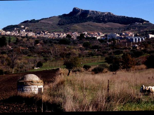 Alimenia, Sicily